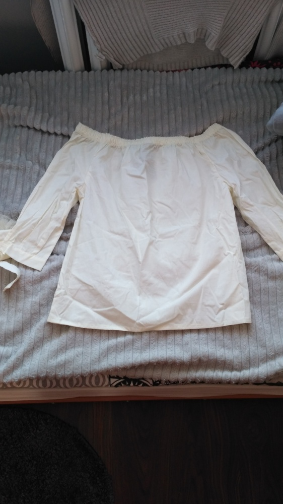 Nowa bluzka hiszpanka