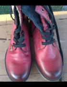 Śliczne czerwone lekko ocieplane botki...