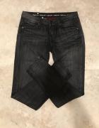 Ciemne jeansy rurki suwaki rockowe...