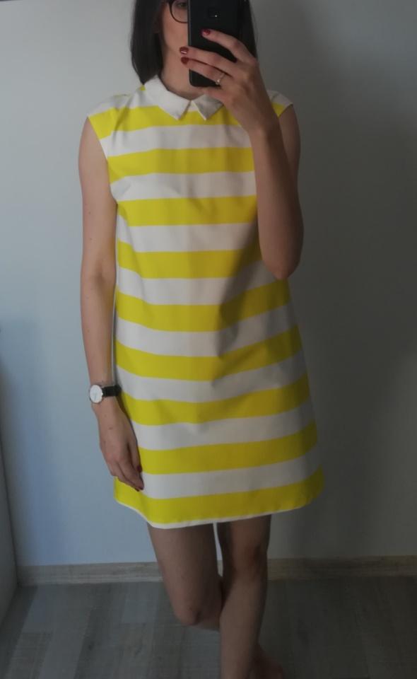 Sukienka w paski MOHITO...