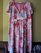 sukienka w kolorwe ciapki...