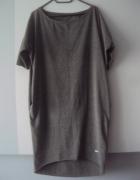 dresowa sukienka tuba z kieszeniami...
