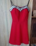 czerwona sukienka rozkloszowana roz 36