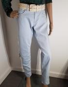 Niebieskie dżinsy skinny spodnie...
