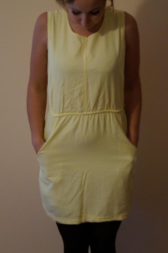 Suknie i sukienki sukienka Reserved M