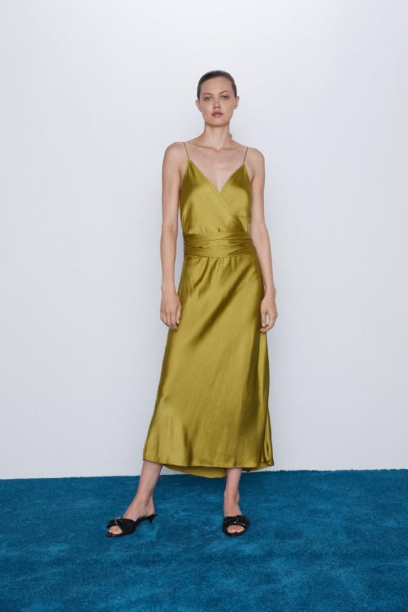Ubrania Oliwkowa sukienka z Zary w stylu bieliźnianym