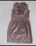 Pretty Girl sukienka z ozdobnym dekoltem 38 M...