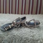 Przebojowe bardzo stylowe sandały japonki