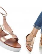 sandały w kolorze miedzianym