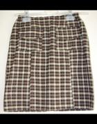 Krótka spódnica w kratkę XXS...