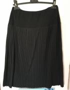 Czarna wełniana spódnica plisowana rozm L 40 42...