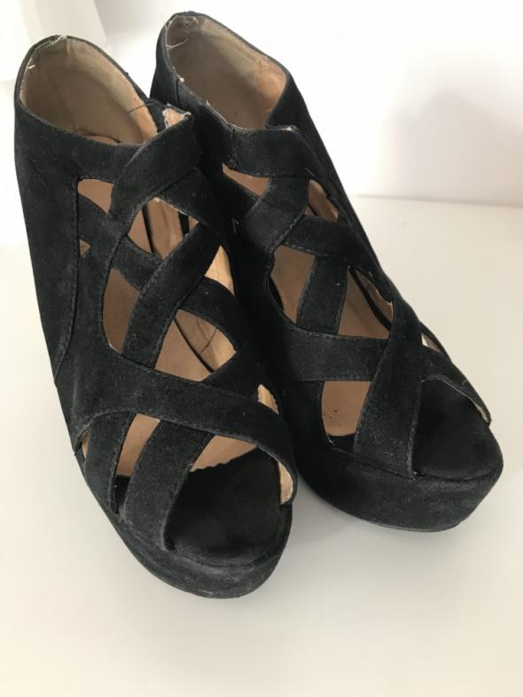 Koturny Sandały 39 koturny czarne paski wygodne stabilne