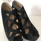 Sandały 39 koturny czarne paski wygodne stabilne