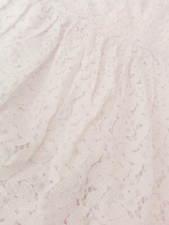 Koronkowa sukienka S kremowa