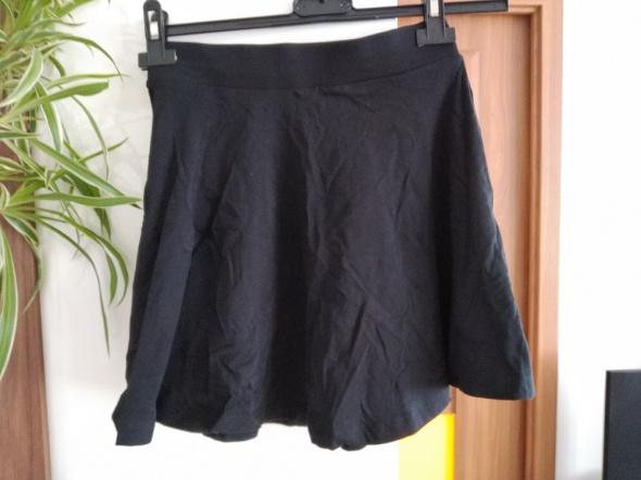 Spódnice rozkloszowana spódniczka Pull & Bear