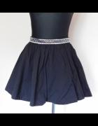 H&M czarna spódnica rozkloszowana 38...