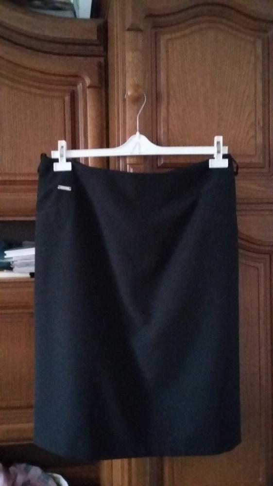Spódnice Klasyczna nowa spodnica czerń