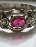Secesyjna bransoletka z rubinem
