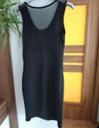 czarna sukienka z siateczkowymi plecami