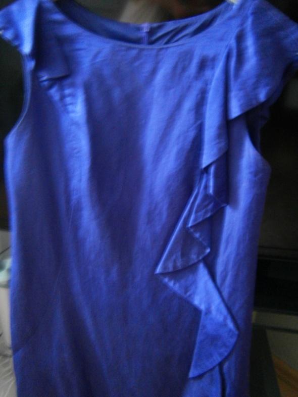 Wizytowa sukienka w kolorze kobaltowym OASIS