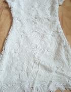 Koronkowa biała sukienka gipiura kwiaty...