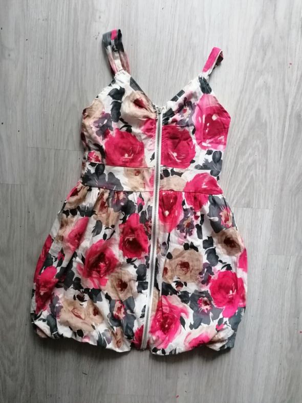 Śliczna sukienka bombka kwiaty zamek S krótka mini wiosna lato...