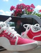 Czerwone tenisówki damskie śliczne