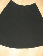 Czarna rozkloszowana spódniczka XS S...