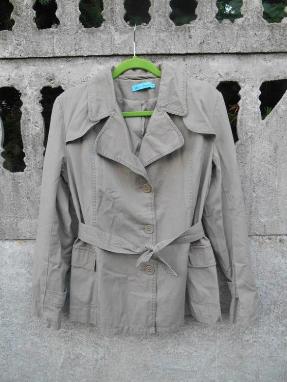 Odzież wierzchnia Jesienny Płaszcz 40 L beżowy Trencz