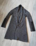 Szary sweterek New Look kimonowy narzutka zamki zipy skórzane w...