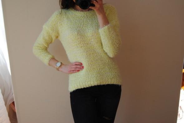 Żółty słoneczny ciepły włochaty sweterek fluffy zimowy sweter a...
