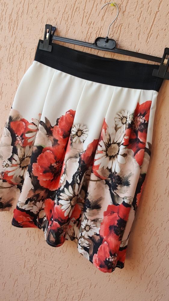 Spódnice Spódnica spódniczka na gumce gumie maki kwiaty kwiatki rozkloszowana