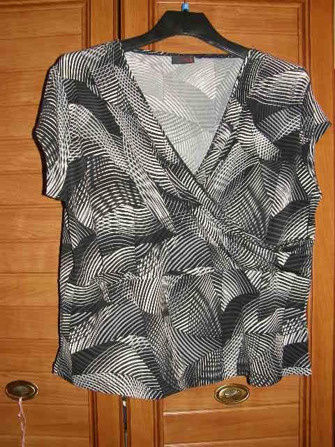 NEXT piękna elastyczna bluzeczka dlapuszystej48 50...