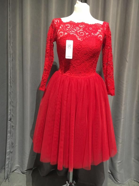 Sukienka czerwona tiul r38...