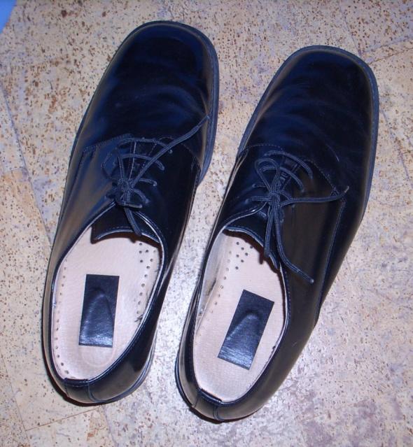Obuwie Buty garniturowe czarne rozmiar 45