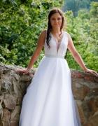 Suknia ślubna soczysta biel