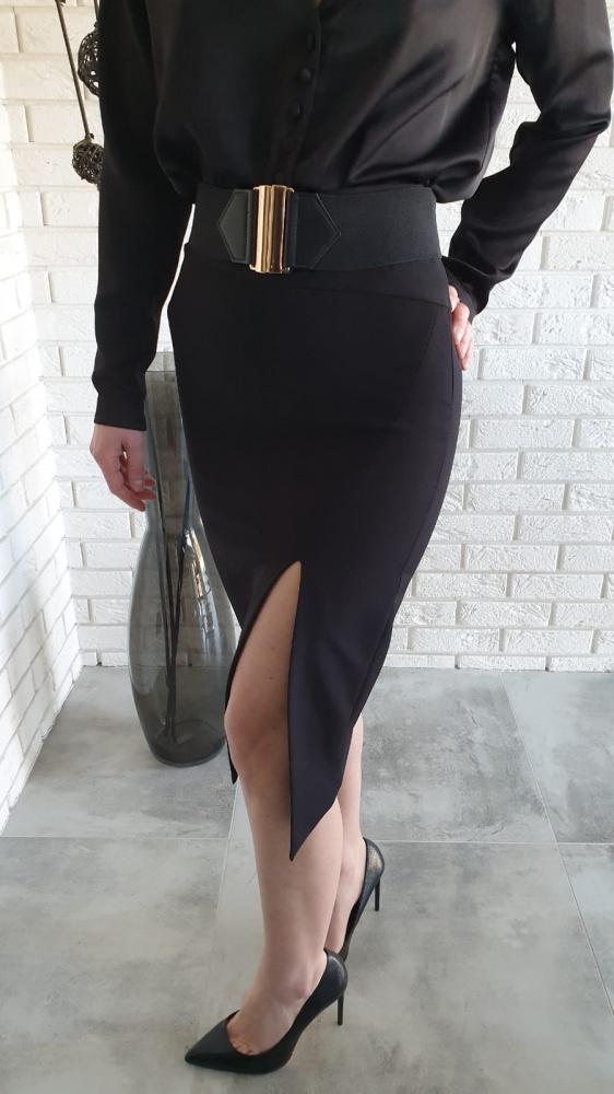 Elegancka czerń do pracy i nie tylko...