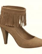40 DEICHMANN NOWE Modne buty na obcasie frędzle