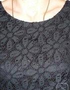 koronkowa mała czarna