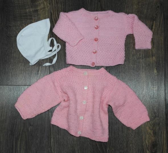 Pozostałe Różowe sweterki dla noworodka rękawiczki niedrapki