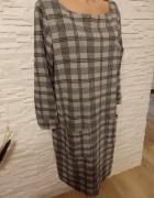 Sukienka dzianinowa w kratkę...
