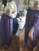 długa spódnica uniwersalna...