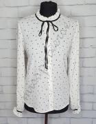 Biała koszula serduszka