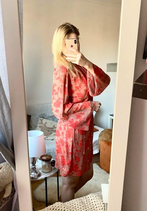 Sukienka Ello M L gole plecy floral...