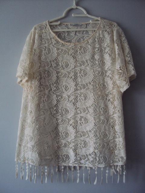 Bluzki koronkowa bluzeczka z frędzlami