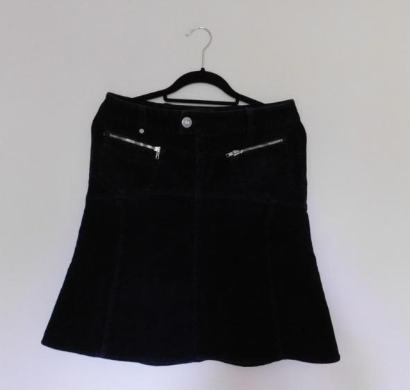 Spódnice Reporter czarna spódnica sztruks 38