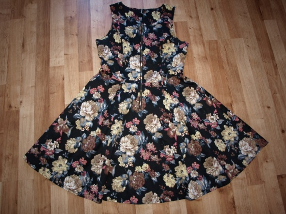 Sukienka floral rozm M