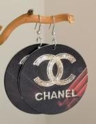 Kolczyki duże drewniane malowane koła napis złoty cc chanel...