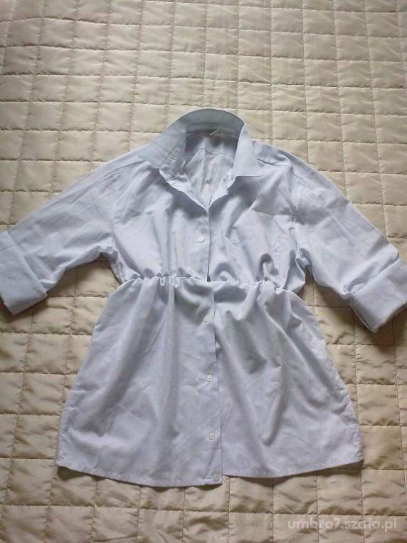 jasnoniebieska koszula marszczona pod biustem