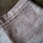 Elegancka spódnica haftowana 38